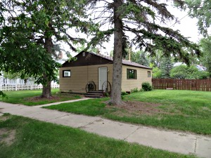 2 bedrooms, 1 bath, single-level in Choteau, Montana